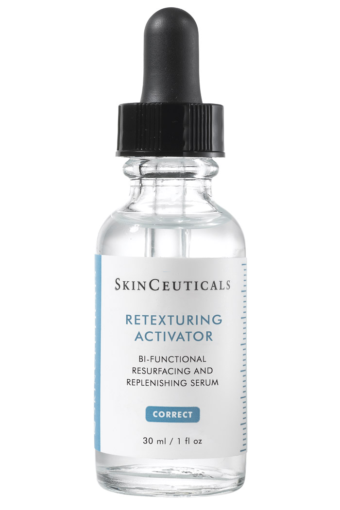 Bi-functional resurfacing and replenishing serum